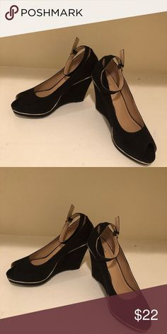 Mossimo Sara Wedge Brand New/Never Worn Mossimo Sara Wedge Black in color very classy looking Shoes Wedges