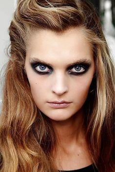 Spring Beauty Trends - Nice Smoky Eye