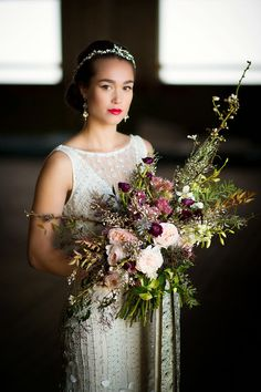 Montana wedding style / Photography: Amelia Anne Photography / Flowers and Styling: Katalin Green / Hair: Canyon River Spa / Makeup: Alexa Mae Groueff / Dress: Theia / Hairpiece: Paris by Debra Moreland