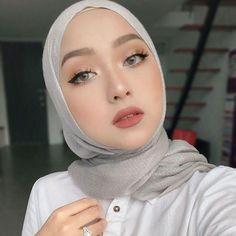 Hijab Makeup, Bride Makeup, Girls Makeup, Creative Makeup Looks, Simple Makeup, Natural Makeup, Weeding Makeup, Arabian Makeup, Sweet Makeup