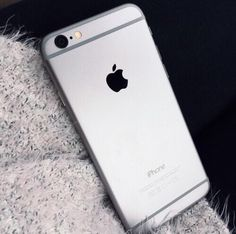 Find images and videos about iphone, apple and silver on We Heart It - the app to get lost in what you love. Apple Inc, Steve Wozniak, Iphone 7, Apple Iphone, Iphone Cases, Macbook Air, Iphone Ringtone, Hotline Bling, Ipad