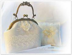 Esküvői táska és gyűrűpárna