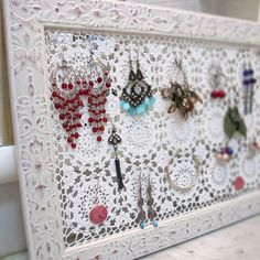 Creative ways to organize your jewelry collection