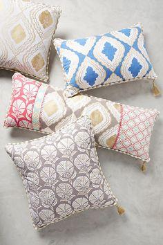 Slide View: 1: Makara Pillow