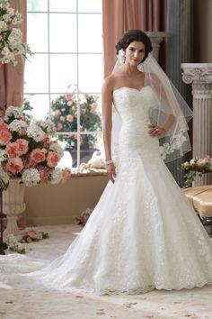 Loving this classic gown from David Tutera for Mon Cheri #weddingdress