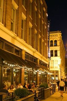 Located in the heart of downtown Cleveland, the Warehouse District is lined with trendy restaurants and clubs as well as interesting restored buildings. The Places Youll Go, Great Places, Places To Go, Beautiful Places, Amazing Places, Downtown Cleveland, Cleveland Rocks, Cincinnati, Cleveland Restaurants