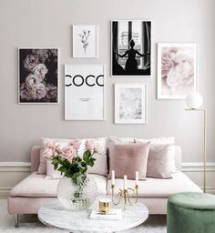 Gallery wall with pink colours - Botanical posters with inspirational quotes - Gallery wall with posters and art prints. Find inspiration for your personal wall art with posters & art prints from Posterstore.se Spice up your living room or bedroom. Decor Room, Living Room Decor, Bedroom Decor, Wall Decor, Bedroom Prints Wall, Living Room Prints, Interior Design Inspiration, Home Decor Inspiration, Decor Ideas