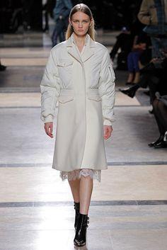 Sacai Fall 2013 Ready-to-Wear Fashion Show - Nova Malanova (FORD)