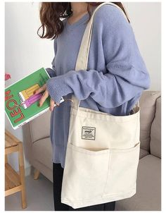 Canvas Handbags, Canvas Tote Bags, Canvas Backpack, Mochila Tutorial, Look Fashion, Fashion Bags, Cute Handbags, Cheap Handbags, Luxury Handbags