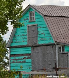 tourquoise barn 3