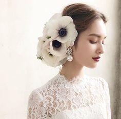 Pin on 人物 Pin on 人物 Wedding Hair And Makeup, Bridal Makeup, Wedding Headband, Bridal Hair, Headpiece, Fascinator, Hair Arrange, Floral Hair, Wedding Dress Styles