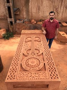 Master carver Artak Hambardzmyan