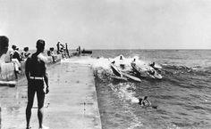 Surfing inside the Newport Harbor Channel, Corona Del Mar Vintage Surf, Vintage California, Southern California, Retro Surf, California History, Newport Harbor, Newport Beach, Photo Surf, Thalia Surf