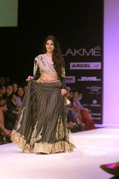 payal-singhal-show-lfw-  Find Similar Exclusive Laces and fabrics @ www.lacxo.com