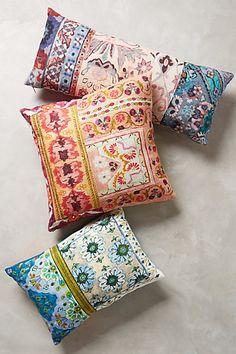 Linen pillows.