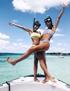 As a child, we islands beaches during the summer. Kayaking, big family meals, playing on the beach - extremely memories! Cute Beach Pictures, Cute Friend Pictures, Best Friend Pictures, Friend Pics, Fotos Strand, Shotting Photo, Beach Poses, Summer Goals, Cute Friends