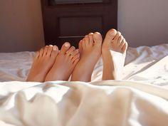 Die Füße spielen beim Sex oftmals nicht die Hauptrolle. Dabei könnte ein Ausflug in unsere unterste Körperregion ungeahnte Höhenflüge auslösen.