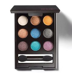 On The Dot Eye Color Compact - Bold - Eyeshadow Palette - Avon Mark.
