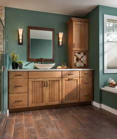 Vanity, Shenandoah Cabinetry in Maple Mocha, Cottage door