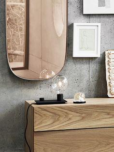 The Muuto Framed Mirror was designed by design team Anderssen & Voll for Muuto.Danish manufactures Muuto are pioneers of New Nordic design, producing Berlin Design, Milan Design, Design Shop, Design Bestseller, Luminaire Design, Lamp Design, Interior Decorating, Interior Design, Decorating Tips