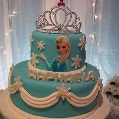 Bolo que fiz pra minha princesa.... #bolo #bolodecorado #boloartistico #bololindo #bolofrozen #cake
