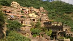 Neemrana Fort Palace Jaipur - Book Best Heritage hotels in Jaipur ...