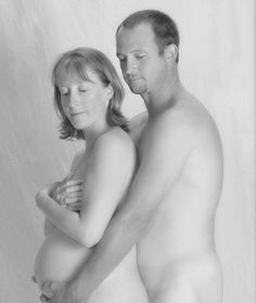 funny pregnancy photos, there is a set of 15 LOL @Justine Taylor......1/15