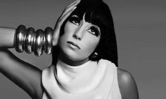 Cher by Richard Avedon Divas, Bettie Page, America Images, Tree Images, Thing 1, Videos Tumblr, Portrait Photographers, Retro Fashion, Vintage Fashion