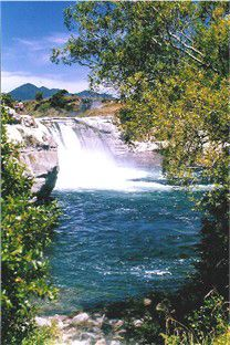 Maruia Falls, near the Northern end of the Lewis Pass, South Island, New Zealand River Bank, Perfect World, South Island, Heaven On Earth, Solo Travel, Amazing Nature, Great Photos, Travel Around, Travel Pictures