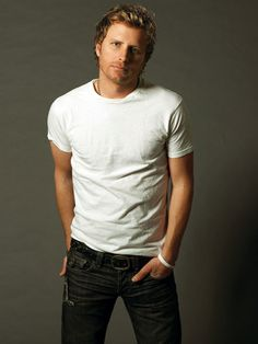 Listen to music from Dierks Bentley like Drunk on a Plane, Living & more. Find the latest tracks, albums, and images from Dierks Bentley. Male Country Singers, Country Music Artists, Country Music Stars, Dierks Bentley, Country Men, Country Girls, Country Strong, Music Love, Big Music
