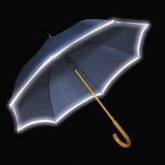 Paraguas con ribetes reflectantes