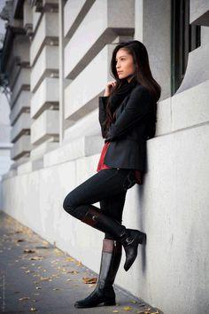 Hay 11 tipos de #zapatos que no pueden faltar en tu armario! Mira todos aquí >>> http://fashionbloggers.pe/valeria-jacobs/11-zapatos-que-no-pueden-faltar-en-tu-armario #Botas