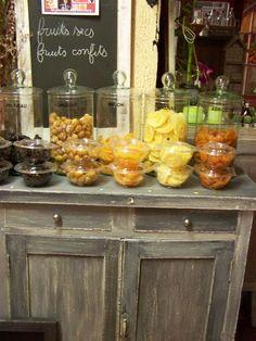 joli buffet au bois patin au salon pinterest bois patin longueur et buffet bois. Black Bedroom Furniture Sets. Home Design Ideas
