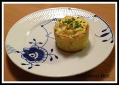 Kartoffel – sellerimos bagt 20 Min, Muffin, Potatoes, Baking, Breakfast, Ethnic Recipes, Meat, Food, Morning Coffee