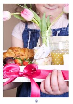 Breakfast to the bed - Mother's Day Special Edition