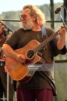 Jerry Garcia of the Jerry Garcia Band performs at the Squaw Valley Music Festival on August 25, 1991 in Garberville, California.