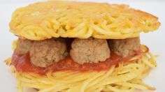 Spaghetti Meatball Burger Is Now A Thing And You Can Make It Yourself - http://www.theladbible.com/articles/spaghetti-meatball-burger-is-now-a-thing-and-you-can-make-it-yourself