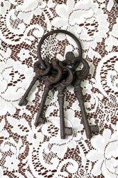 Vintage Jailers Keys