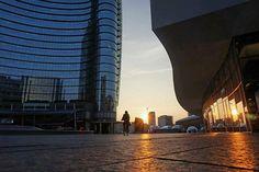 Un altro giorno sta per cominciare. Buongiorno #Milano Foto di Gualberto Zonda #milanodavedere Milano da Vedere