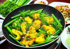 Cách làm chả cá Lã Vọng đặc biệt ở bí kíp ướp cá được gia truyền. Chính hương vị đậm đà đã giúp cho món chả cá này trở thành món ngon nổi tiếng của Hà Nội.