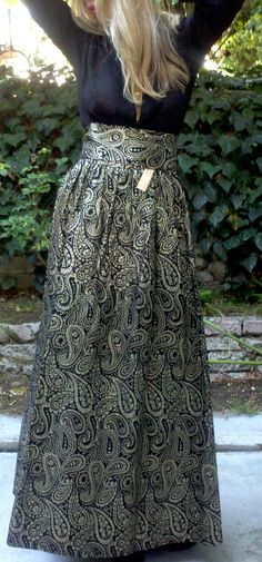Solid Gold Metallic Vintage Paisley Luxe Brocade Maxi Skirt NWT.  148.00 0c569a3d8c1