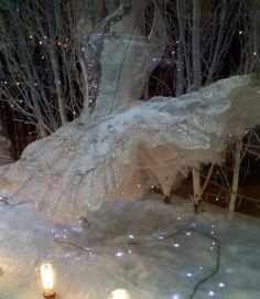 Beautiful sparkly white Repetto ballet tutu - looks like Christmas to me! Tutu Ballet, Ballerina Tutu, Bolshoi Ballet, Tutu Costumes, Ballet Costumes, Carnival Costumes, Ballet Shop, Ballet Russe, Decoration Vitrine