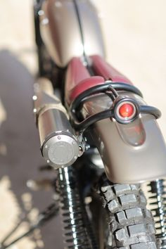 Yamaha XT500 Cafe Racer back light