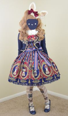 """little-gnarwhal: """" Angelic pretty Chess Emblem in Wine ~"""