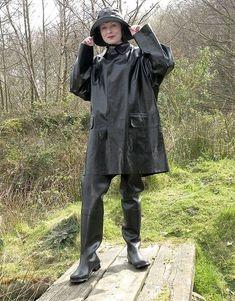 Weather Wear, Wet Weather, Hunter Wellies, Rubber Raincoats, Rain Wear, Black Rubber, Latex, Rain Jacket, Windbreaker