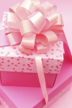 pink gift wrap ✿⊱╮