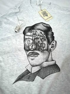 Ash grey Tesla costum t shirt for men with portrait print.  I make original portraits of famous writers and persons. I try to show their works