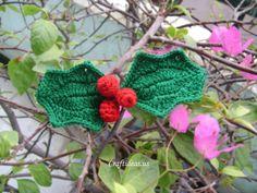 crochet holly leaves. ☀CQ #crochet #christmas