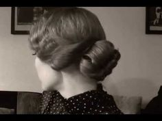 1920's Inspired Hairstyle - Soft Finger Waves (with bangs!)