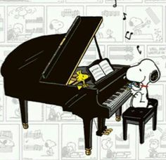Woodstock and Snoopy, Grand piano